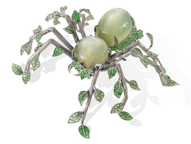 Lydia courteille leaf spider brooch