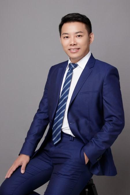 Mr. Nian Huang