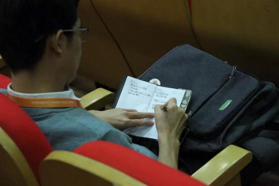 第七届李曼中国养猪大会圆满落幕 ,因为有你如花绽放717.png